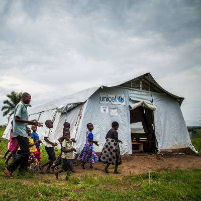 Tent for a temporary school or clinic & UNICEF Market | Tent for a temporary school or clinic - Inspired Gifts