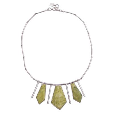 Serpentine choker, 'Splendor' - Inca Serpentine And Sterling Silver Art Choker Necklace