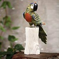 Serpentine and calcite sculpture, 'Jungle Cockatoo' - Multicolored Jungle Bird Sculpture