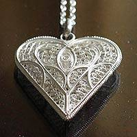 Silver filigree necklace, 'In My Heart' - Handcrafted Heart Shaped Sterling Silver Pendant Necklace