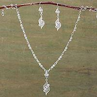 Silver jewelry set, 'Leaves of Love' - Filigree Earrings and Necklace Jewelry Set