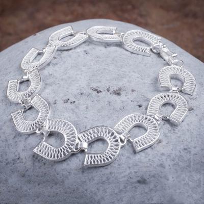 Silver filigree bracelet, 'Lucky Horseshoes' - Silver filigree bracelet