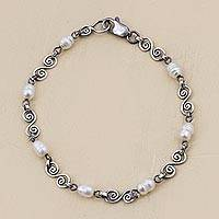 Cultured pearl link bracelet, 'Colonial Pearls' - Handmade Sterling Silver and Cultured Pearl Bracelet