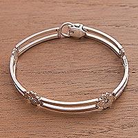 Sterling silver link bracelet, 'Lucky Clover' - Handcrafted Four Leaf Clover Andean Silver Bracelet
