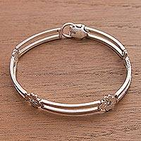 Sterling silver link bracelet, 'Lucky Clover' - Handcrafted Floral Sterling Silver Bracelet