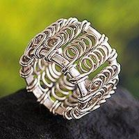 Silver cocktail ring, 'Loop the Loop' - Unique Peruvian Modern Sterling Silver Band Ring