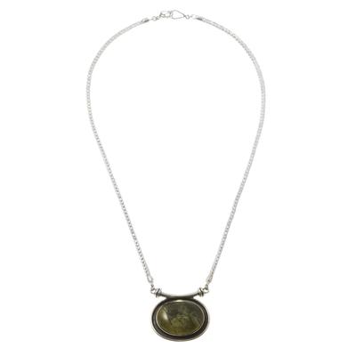 Serpentine choker, 'Mystical Medallion' - Serpentine choker