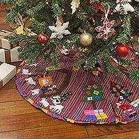 Applique Christmas tree skirt, 'Noel'