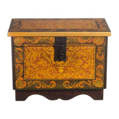 Cedar chest, 'Colonial Trunk' - Cedar Wood Jewelry Box