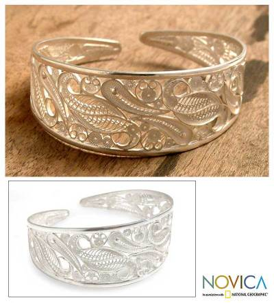 Silver filigree cuff bracelet, 'Floral Breeze' - Hand Made Floral Fine Silver Filigree Bracelet