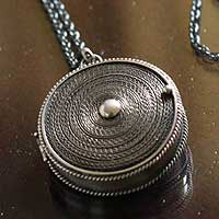 Silver filigree locket necklace, 'Keepsake' - Silver Locket Pendant Necklace