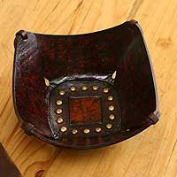 Leather catchall, 'Essentially Square' (8.5 inch) - Handcrafted 8.5 Inch Andean Leather Catchall for Men