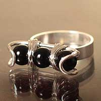 Onyx cocktail ring, 'Trio' - Onyx cocktail ring