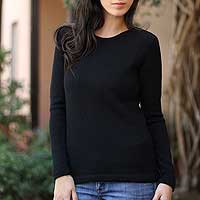100% alpaca sweater, 'Ebony Charm' - Black Alpaca Wool Pullover Sweater