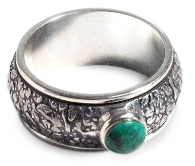 Chrysocolla spinner ring