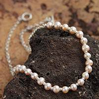 Cultured pearl beaded necklace, 'Dazzling Peru' - Cultured Peach Pearl and Sterling Silver Chain Necklace