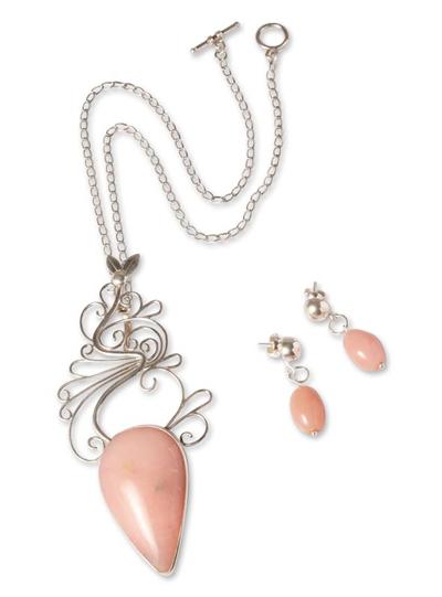 Rose quartz jewelry set, 'Lily' - Rose quartz jewelry set