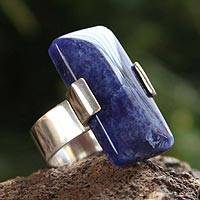 Sodalite cocktail ring, 'Blue Hug'