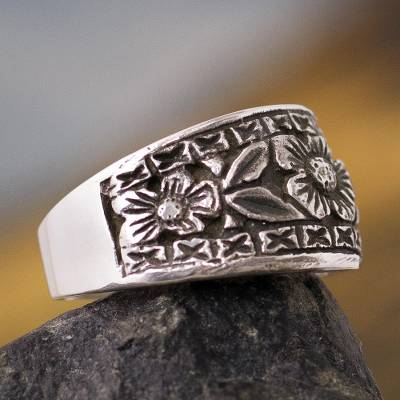 Silver flower ring, 'Sunflowers' - Band Ring .950 Silver Handcrafted Flower Ring