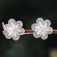Silver floral earrings, 'Andean Daisies' - Artisan Jewelry Floral Fine Silver Button Earrings from Peru