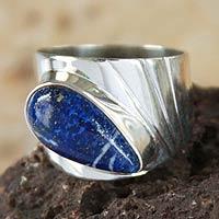 Lapis lazuli cocktail ring, 'Huacho Heritage' - Peru 925 Silver Ring with Lapis Lazuli