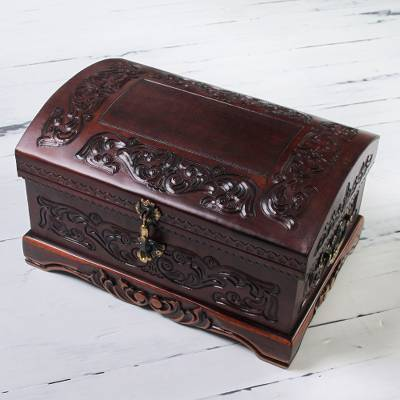 Mohena wood and leather jewelry box, Colonial Legacy