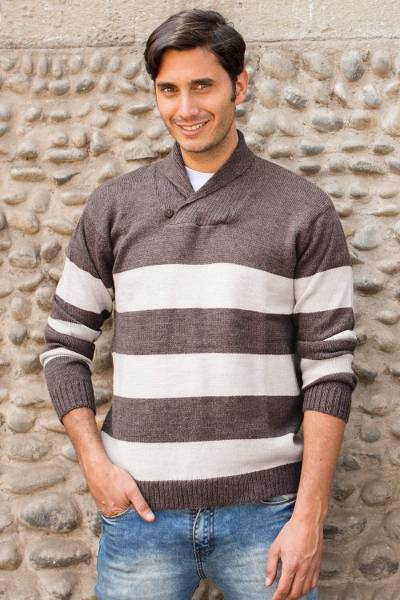 Men's alpaca blend sweater, 'Cortijo Man in Beige' - Men's Alpaca Wool Pullover Sweater