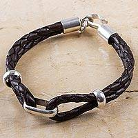 Men's sterling silver and leather bracelet, 'Naturally'