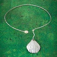 Cultured pearl choker, 'Scallop Shell' - Sterling Silver and Cultured Pearl Scallop Shell Choker