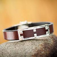 Men's leather bracelet, 'Wonderer' - Men's leather bracelet
