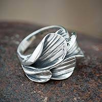 Sterling silver flower ring, 'Calla Lilies' - Unique Floral Sterling Silver Cocktail Ring