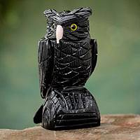 Onyx sculpture, 'Owl Guardian' - Gemstone Animal Themed Sculpture