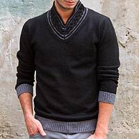 Men's alpaca blend sweater, 'Orcopampa Midnight' - Men's V Neck Alpaca Blend Sweater