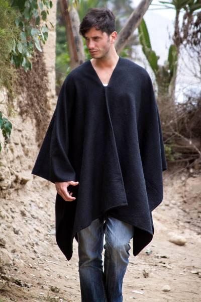 Men's alpaca blend poncho, 'Inca Explorer in Black' - Peruvian Poncho for Men in Warm Alpaca Blend