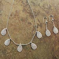 Sterling silver jewelry set, 'Leaf Motifs' - Handcrafted Sterling Silver Jewelry Set