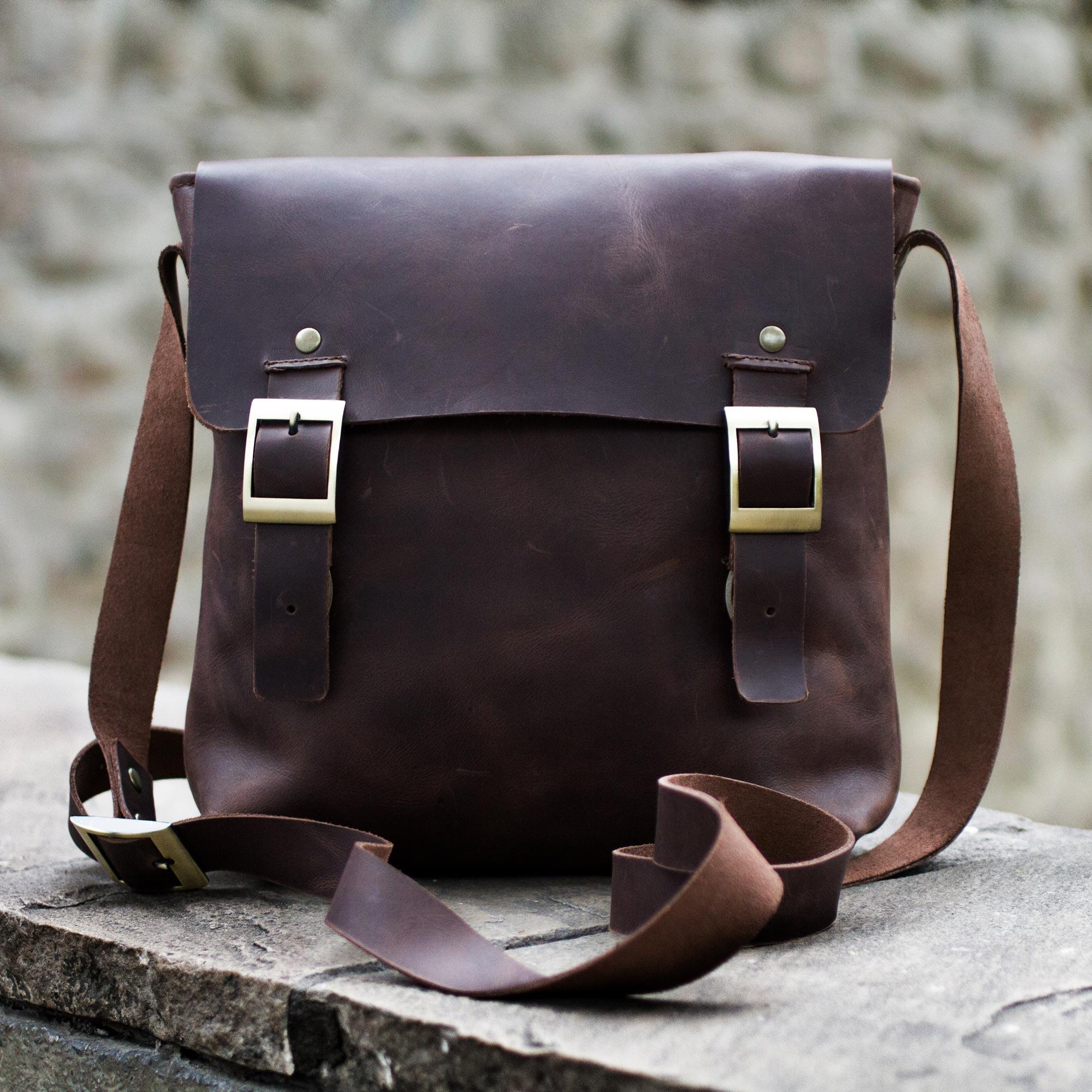8bd799836a89 Dark Brown Leather Mens Messenger Bag - Adventurer
