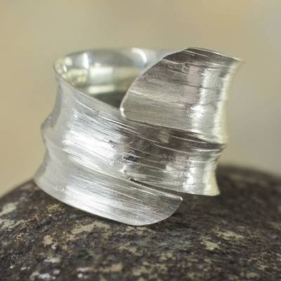 Sterling silver wrap ring, 'Bold Textures' - Handcrafted Andean Silver Wrap Ring