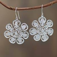 Sterling silver filigree earrings, 'Snowflake Flowers' - Peruvian Sterling Silver Filigree Earrings