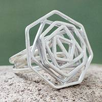 Sterling silver cocktail ring, 'Kaleidoscope'