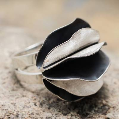 Sterling silver cocktail ring, 'Dark Petals' - Andean Sterling Silver Artisan Crafted Cocktail Ring