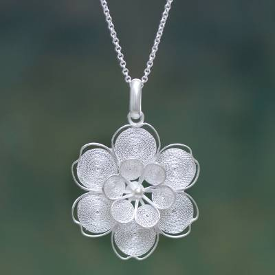 Sterling silver flower necklace, 'Filigree Jasmine' - Sterling Filigree Artisan Crafted Peruvian Flower Necklace