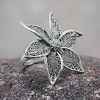 Sterling silver flower ring, 'Jasmine Beauty' - Artisan Crafted jewellery Sterling Silver Flower Ring