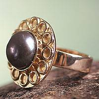 Gold plated cultured pearl flower ring, 'Grey Cuzco Bloom' - Grey Pearl on 18k Gold Plated Silver Flower Ring