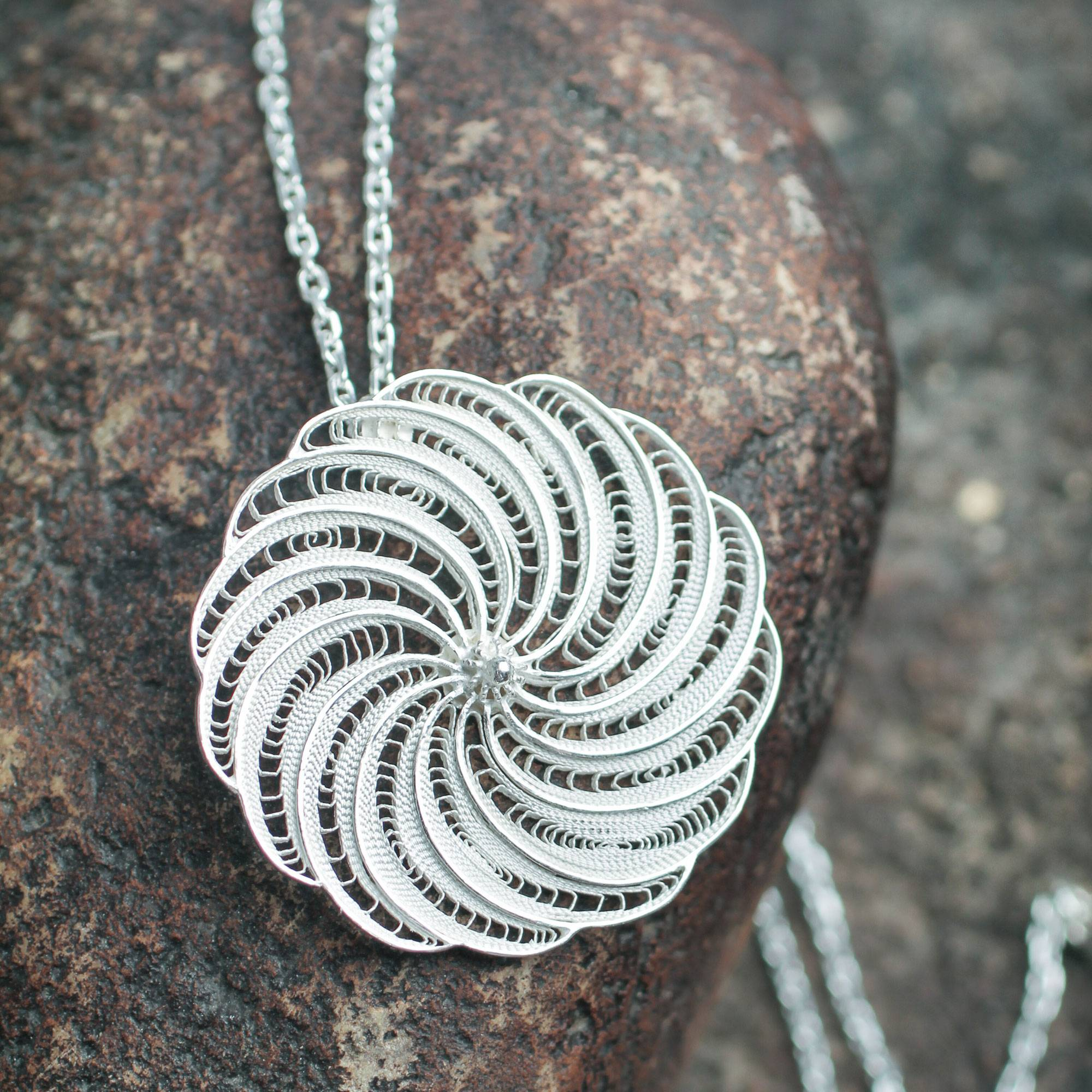 18 Glorious Bloom NOVICA .925 Sterling Silver Pendant Necklace