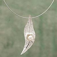 Cultured pearl floral necklace, 'Pristine' - Sterling Silver Leaf Necklace with Pearl Flower from Peru
