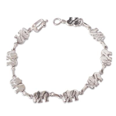 Sterling silver link bracelet, 'Elephant Dignity' - Sterling Silver Bracelet with Elephant Links