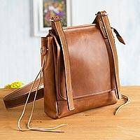 Leather messenger bag, 'Basic Cinnamon Style'