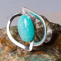 Amazonite cocktail ring, 'Astral Leaf' - Contemporary Amazonite and Sterling Silver Handcrafted Ring