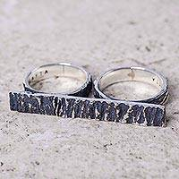 Sterling silver two-finger ring, 'Huascaran' - Modern Sterling Silver Textured Ring for Two Fingers
