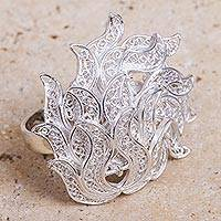 Sterling silver filigree ring, 'Medusa Charm' - Artisan Crafted Sterling Silver Filigree Ring from Peru